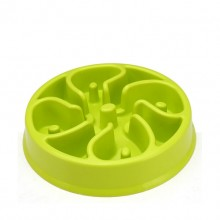 A Green Bowl That Slows Pet Eating Speed